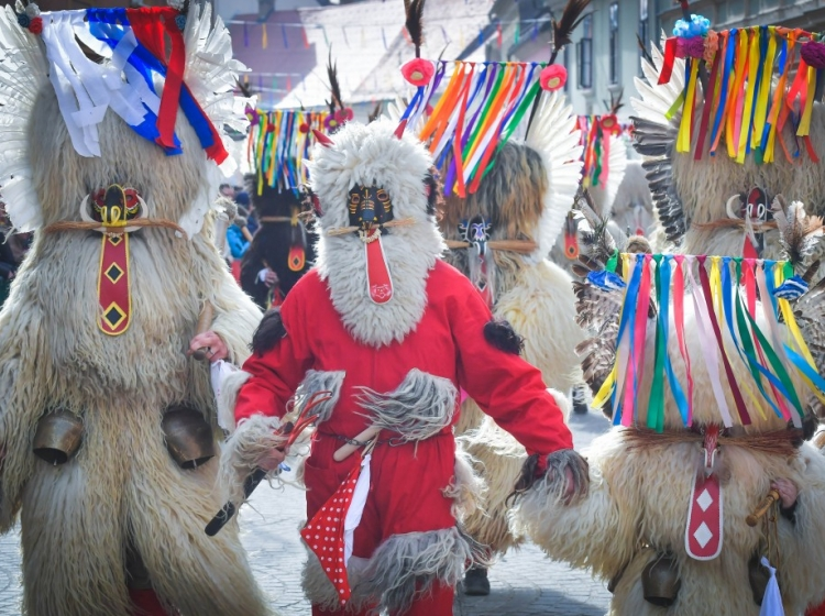 Vrhunec kurentovanja s karnevalsko povorko na pustno nedeljo